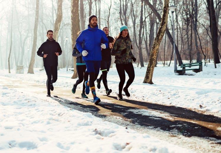La pratique du sport en hiver est-elle mauvaise ?